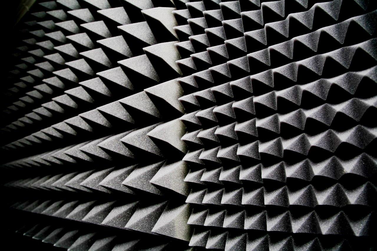 Звукоизолирующий (акустический) поролон