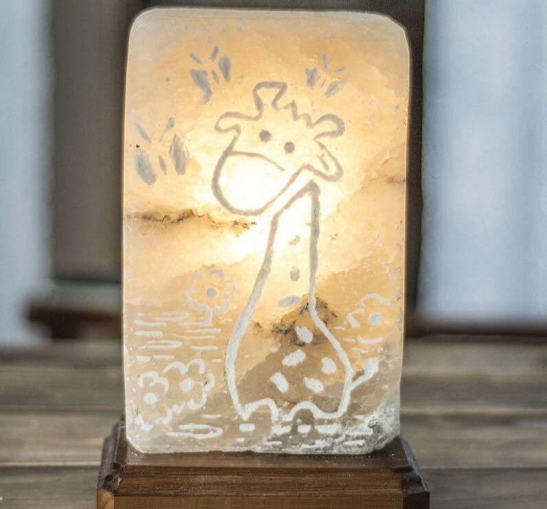 Соляная лампа с отшлифованным светильником