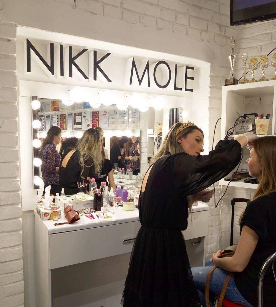 Nikk Mole