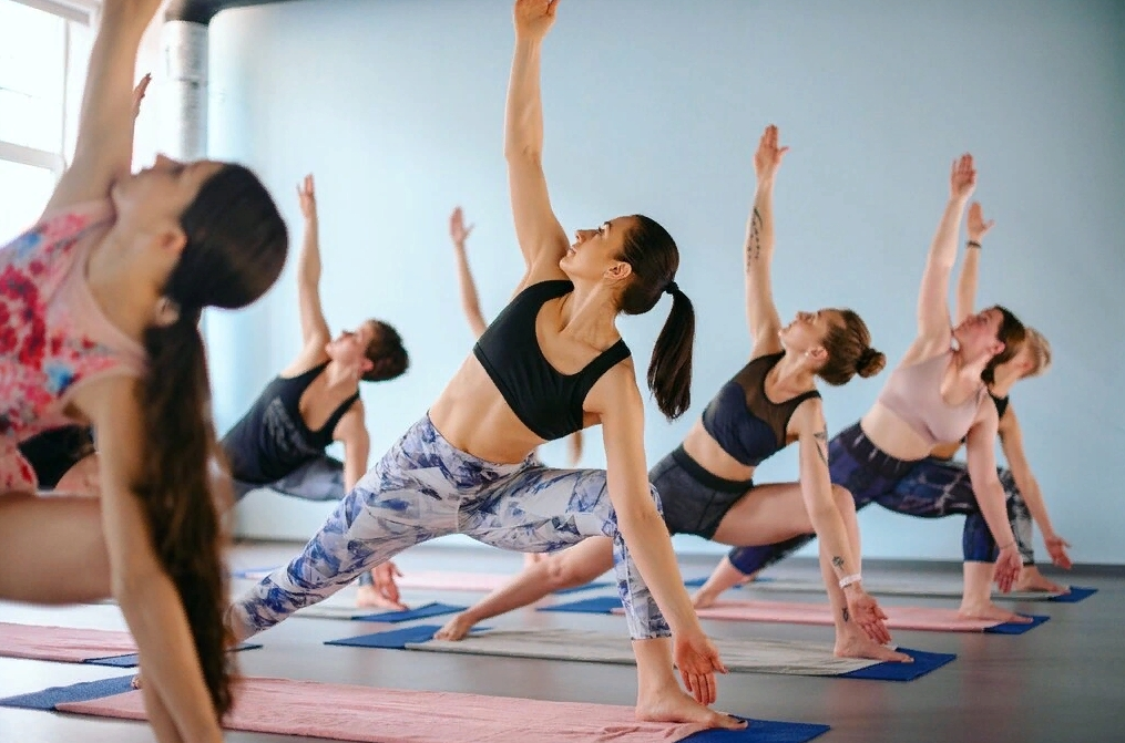 Bikram Yoga SPb студия
